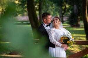 Letni plener ślubny w Podzamczu Chęcińskim